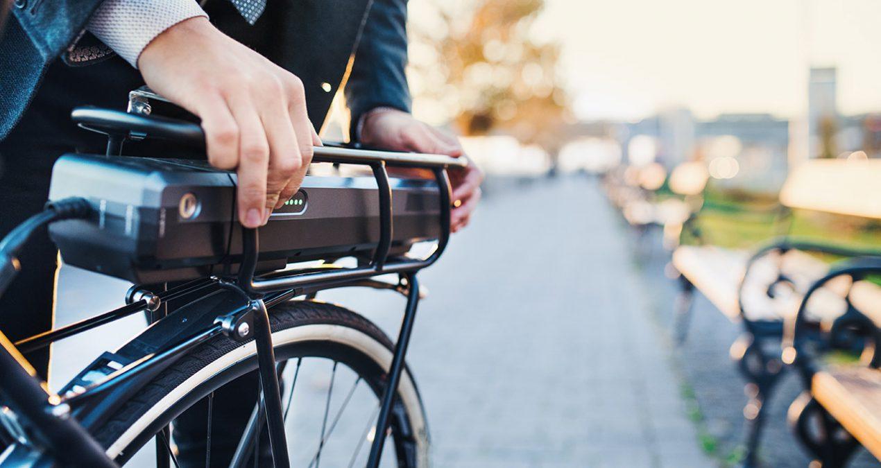 Regeringsförklaringen: Är regeringen ute och cyklar – eller hjälper de oss alla att vara det?